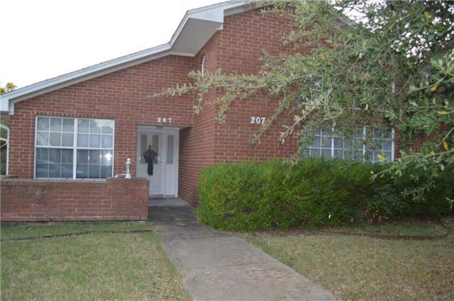 207 Rainey Street, Bonham, TX 75418 (MLS #13964743) :: RE/MAX Town & Country