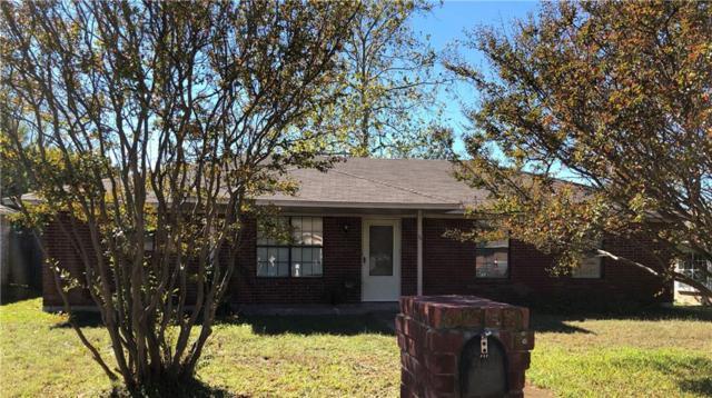 111 Lawndale Street, Waxahachie, TX 75165 (MLS #13964753) :: RE/MAX Pinnacle Group REALTORS