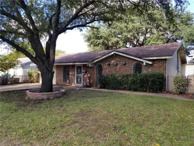 1107 Briarwood Drive, Lewisville, TX 75067 (MLS #13964788) :: RE/MAX Town & Country