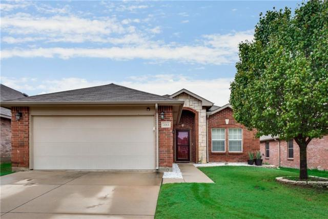 2013 Finch Cove, Aubrey, TX 76227 (MLS #13967895) :: RE/MAX Town & Country