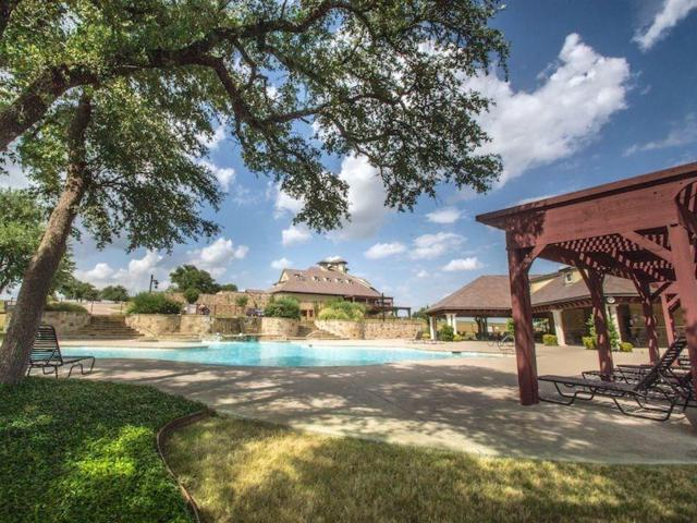 7336 St Augustines Drive, Cleburne, TX 76033 (MLS #13968816) :: RE/MAX Town & Country