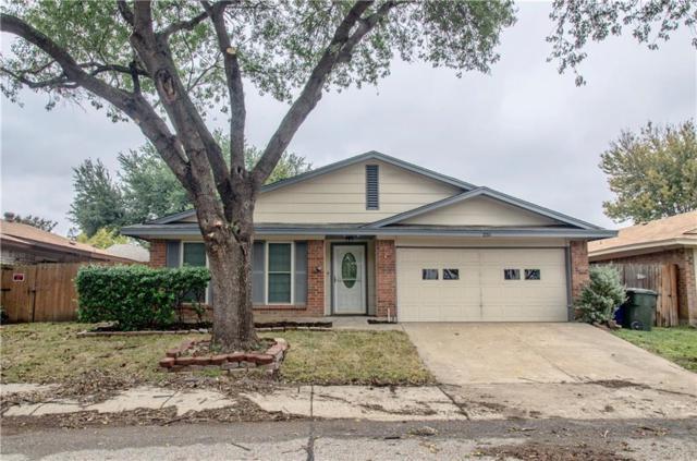 2211 Versailles Drive, Carrollton, TX 75007 (MLS #13968823) :: Magnolia Realty