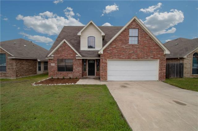 6420 Canyon Trail, Lake Worth, TX 76135 (MLS #13969671) :: RE/MAX Town & Country