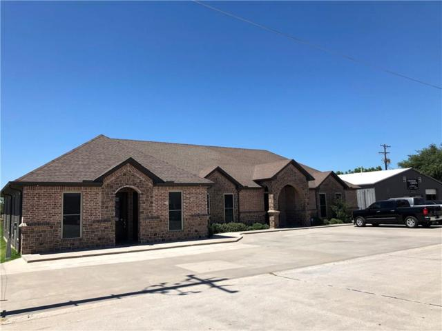 911 E Mcdonald Drive, Pilot Point, TX 76258 (MLS #13970714) :: RE/MAX Town & Country