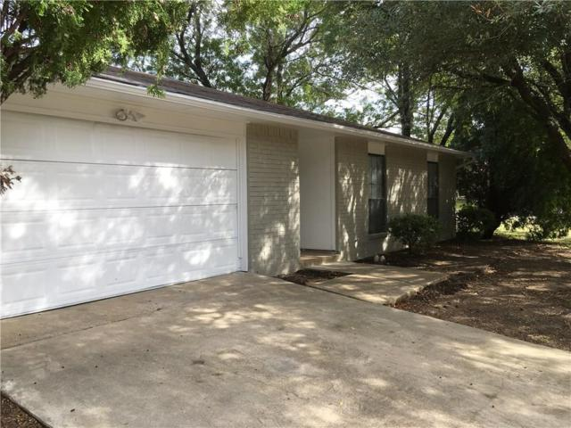 623 Live Oak Drive, Mansfield, TX 76063 (MLS #13970762) :: RE/MAX Town & Country