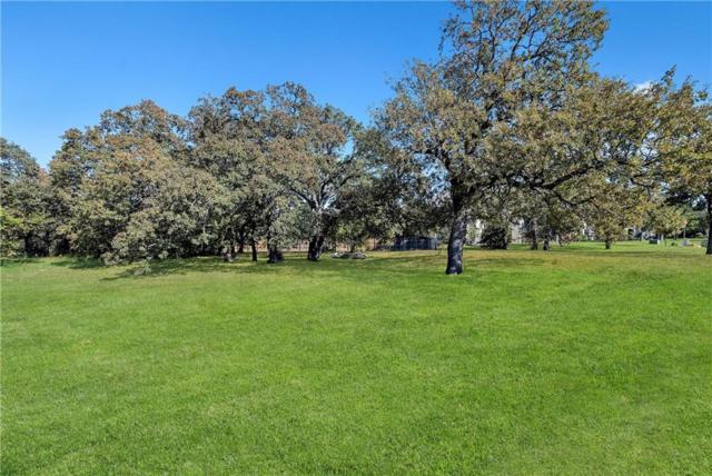 1717 Bur Oak Drive, Southlake, TX 76092 (MLS #13970785) :: RE/MAX Landmark