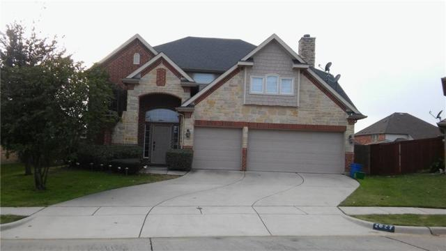 2827 Oak Glen Court, Grand Prairie, TX 75052 (MLS #13970947) :: The Holman Group
