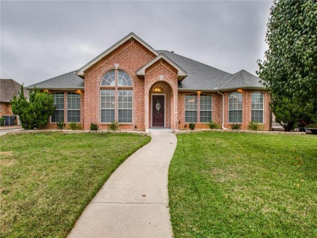 1669 Oak Creek Drive, Hurst, TX 76054 (MLS #13971094) :: The Holman Group