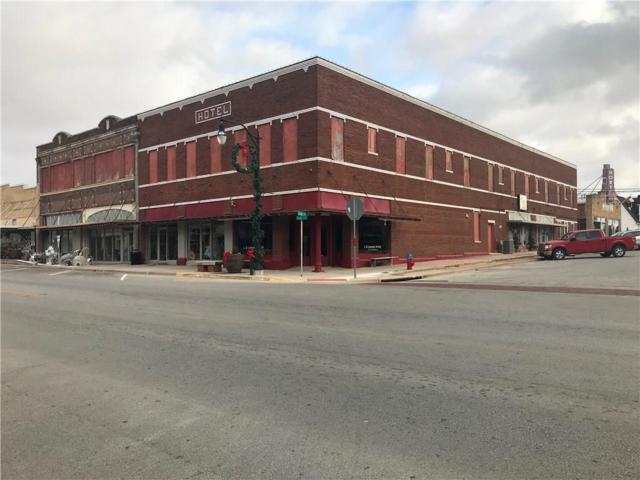 300 Clay, Nocona, TX 76255 (MLS #13971916) :: Century 21 Judge Fite Company