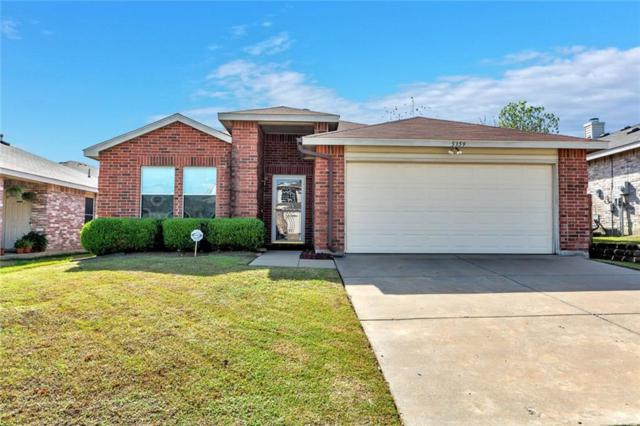 5359 Lansdowne Avenue, Fort Worth, TX 76135 (MLS #13972219) :: RE/MAX Town & Country