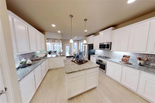 3408 Weyburn Drive, Mansfield, TX 76084 (MLS #13972372) :: Vibrant Real Estate