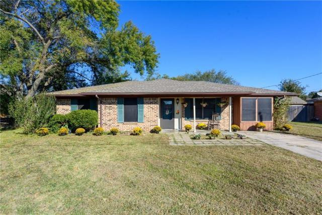 6 Cole Circle, Krum, TX 76249 (MLS #13972373) :: Baldree Home Team