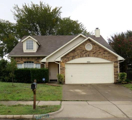 2211 Cromwell Drive, Arlington, TX 76018 (MLS #13972494) :: The Sarah Padgett Team