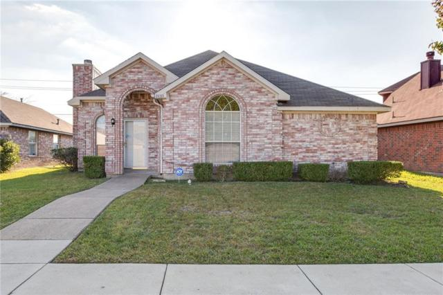 2833 Clearwater Drive, Mesquite, TX 75181 (MLS #13973331) :: RE/MAX Town & Country