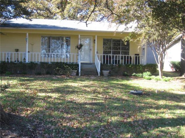 1220 W Kiowa Drive W, Lake Kiowa, TX 76240 (MLS #13974573) :: The Heyl Group at Keller Williams