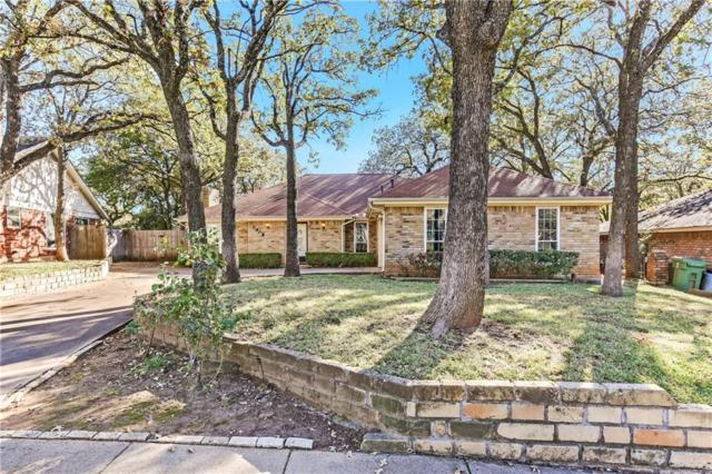 2908 Pecan Circle, Bedford, TX 76021 (MLS #13974582) :: RE/MAX Town & Country