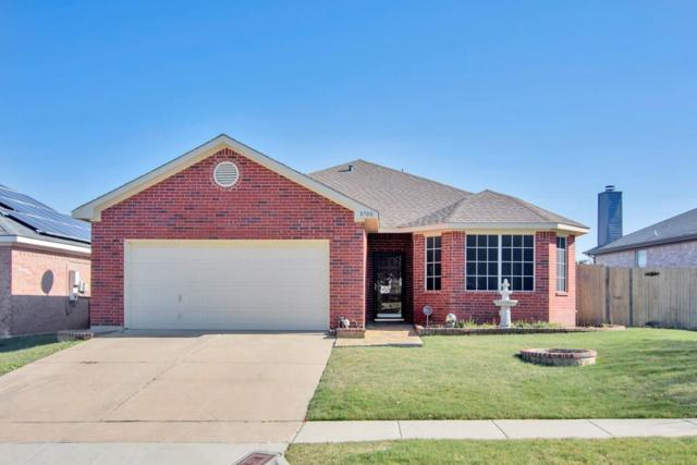 8700 Rainy Lake Drive, Fort Worth, TX 76244 (MLS #13974870) :: RE/MAX Landmark