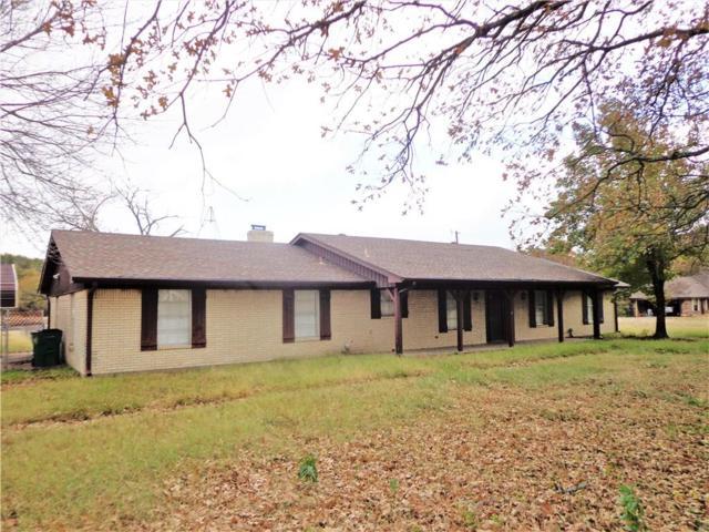 5653 Meadow Lane, Kaufman, TX 75142 (MLS #13977076) :: The Heyl Group at Keller Williams