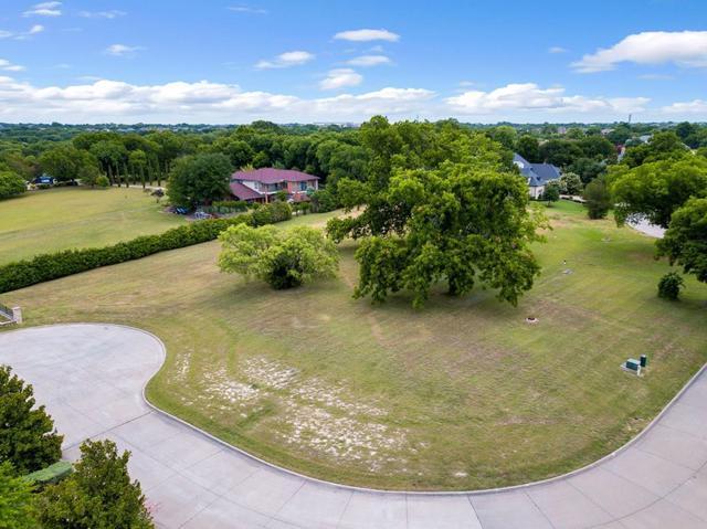 7 Terrabella Lane, Heath, TX 75032 (MLS #13978145) :: The Heyl Group at Keller Williams