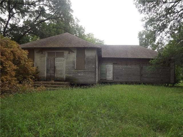 614 E 7th Street, Bonham, TX 75418 (MLS #13979215) :: Kimberly Davis & Associates