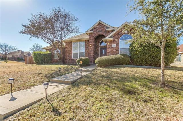 150 Hannah Circle, Cedar Hill, TX 75104 (MLS #13980280) :: Kimberly Davis & Associates