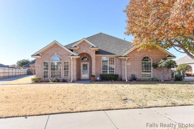 3020 Whitehall Lane, Wichita Falls, TX 76309 (MLS #13980810) :: RE/MAX Town & Country