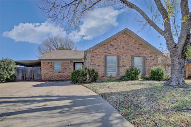 5511 Yaupon Drive, Arlington, TX 76018 (MLS #13981543) :: The Hornburg Real Estate Group