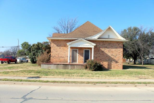 401 N Avenue E, Haskell, TX 79521 (MLS #13982772) :: RE/MAX Town & Country