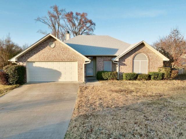 841 Edgewood Circle, Lindale, TX 75771 (MLS #13983140) :: The Real Estate Station