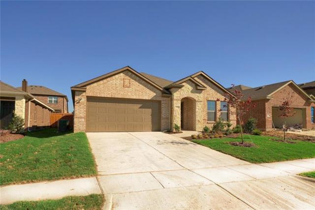 2712 Empire Street, Denton, TX 76209 (MLS #13987429) :: Real Estate By Design