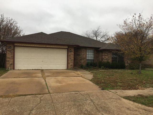 5104 Redwater Drive, Arlington, TX 76018 (MLS #13987539) :: Frankie Arthur Real Estate