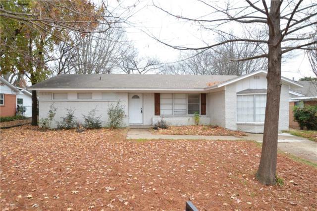 524 Cherry Lane, Ennis, TX 75119 (MLS #13988352) :: Kimberly Davis & Associates