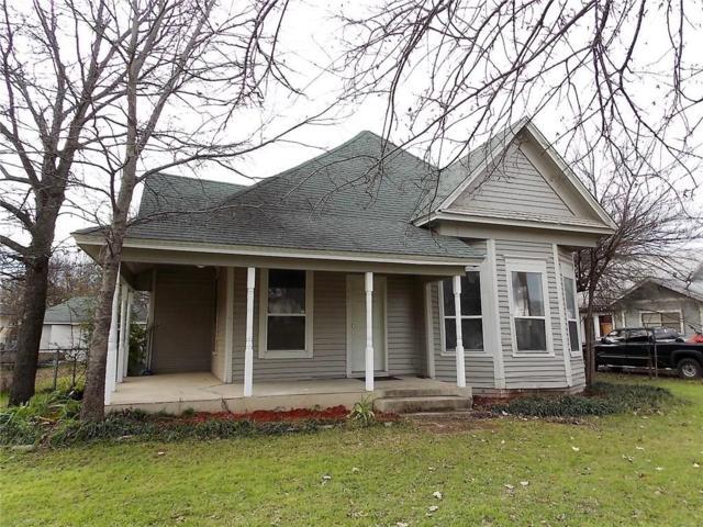 903 N Robinson Street, Cleburne, TX 76031 (MLS #13988966) :: The Heyl Group at Keller Williams