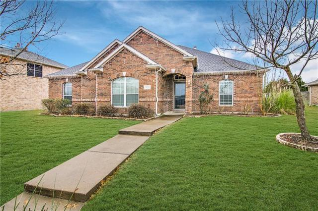 3823 Laurel Crossing Drive, Rockwall, TX 75032 (MLS #13989256) :: The Heyl Group at Keller Williams