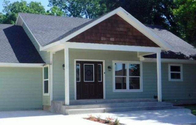 1210 W Richmond Avenue, Fort Worth, TX 76110 (MLS #13989606) :: The Hornburg Real Estate Group
