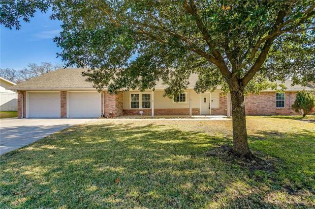 215 Mistletoe Lane, Keene, TX 76059 (MLS #13991752) :: RE/MAX Town & Country