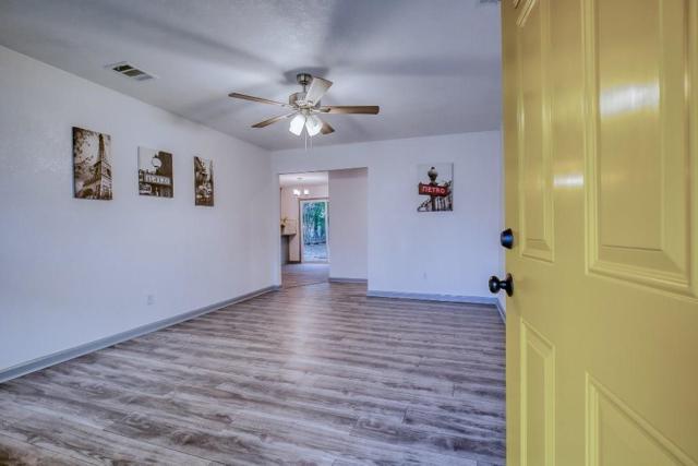 3530 La Prada Drive, Mesquite, TX 75150 (MLS #13996723) :: The Heyl Group at Keller Williams