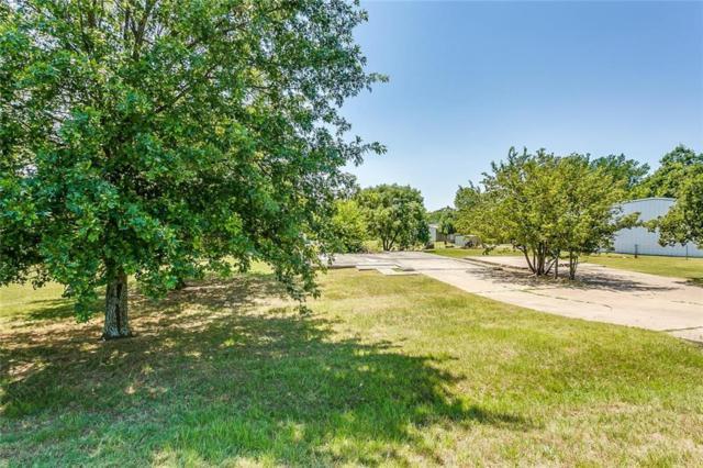 2724 Ranchview Drive, Burleson, TX 76028 (MLS #13996805) :: RE/MAX Landmark