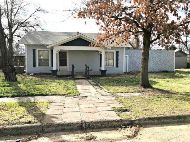 207 2nd Street, Knox City, TX 79529 (MLS #13999701) :: Kimberly Davis & Associates
