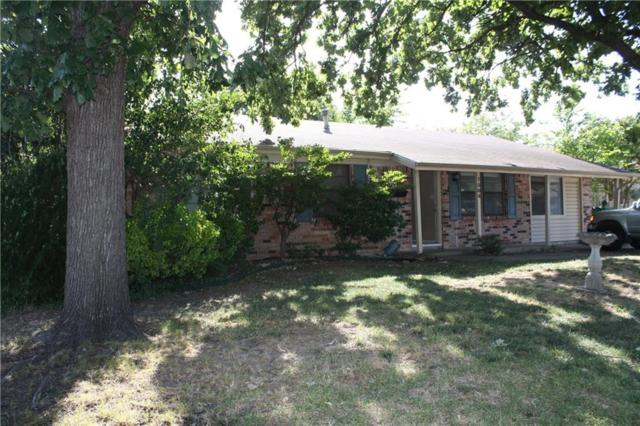1504 Fannin Drive, Carrollton, TX 75006 (MLS #14002255) :: Frankie Arthur Real Estate