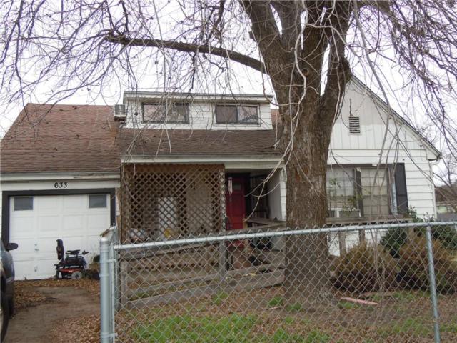 633 10th Street, Grand Prairie, TX 75050 (MLS #14002370) :: The Tierny Jordan Network