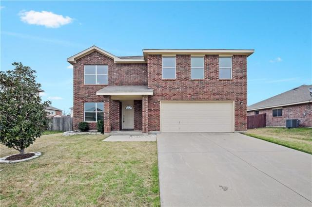 716 Sparrow Drive, Saginaw, TX 76131 (MLS #14003291) :: Real Estate By Design