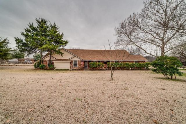 300 Bells Chapel Road, Waxahachie, TX 75165 (MLS #14003668) :: The Sarah Padgett Team