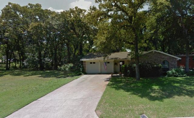 802 Valley View Drive, Arlington, TX 76010 (MLS #14004527) :: The Sarah Padgett Team