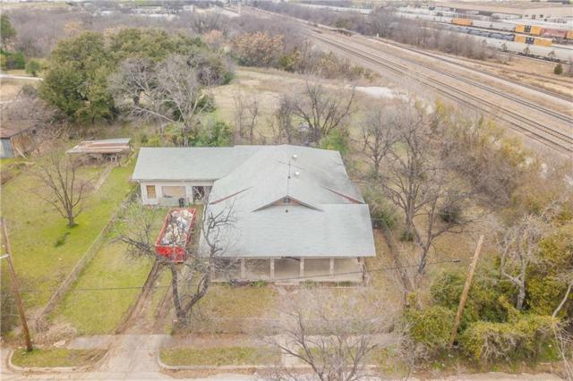 1110 Poindexter Street, Fort Worth, TX 76102 (MLS #14004673) :: The Sarah Padgett Team