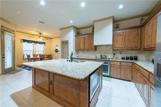 3402 Ledbetter Court, Arlington, TX 76001 (MLS #14004690) :: The Holman Group