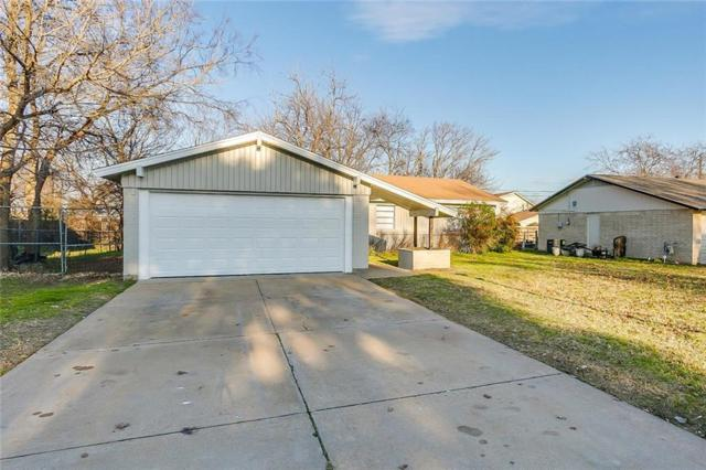 131 Gardens Boulevard, Burleson, TX 76028 (MLS #14005305) :: Century 21 Judge Fite Company