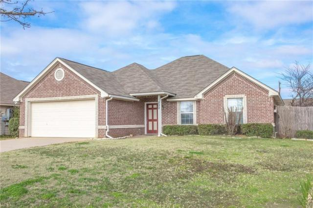 200 Quail Run, Aubrey, TX 76227 (MLS #14005641) :: Vibrant Real Estate