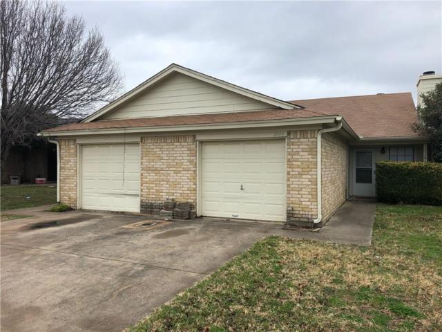 1144 Landsdale Lane, Saginaw, TX 76179 (MLS #14006059) :: RE/MAX Town & Country
