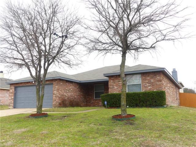 1210 Sullivan Drive, Cedar Hill, TX 75104 (MLS #14006436) :: Century 21 Judge Fite Company